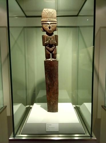 Perú siempre ha sido rico en artesanía desde la antigüedad, muestra de ellos los valiosos totems y máscaras de madera que podemos encontrar en el museo de América. Nuestro viaje al Perú, comienza en Madrid - 10383627666 5542f2299e - Nuestro viaje al Perú, comienza en Madrid