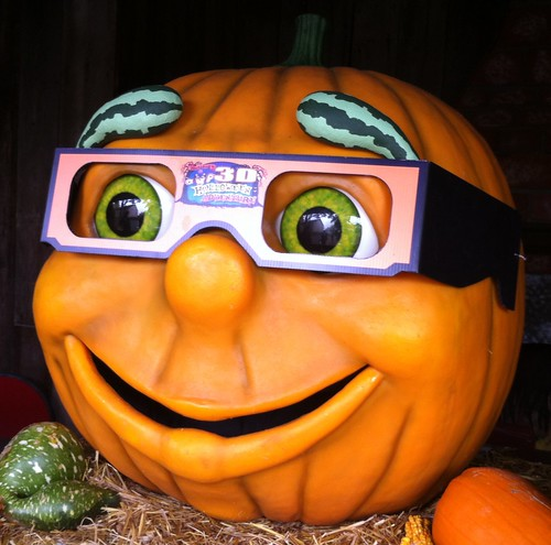 Gourdon the Pumpkin at Holiday World
