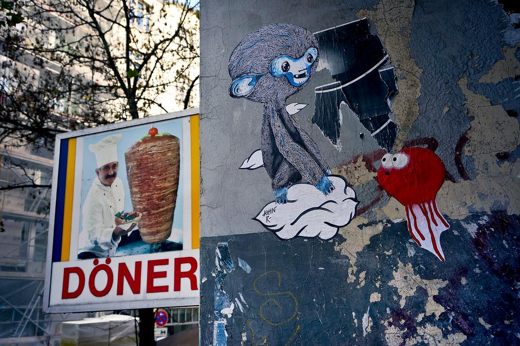 Street Art Sam Crew. John Reaktor H k d N s