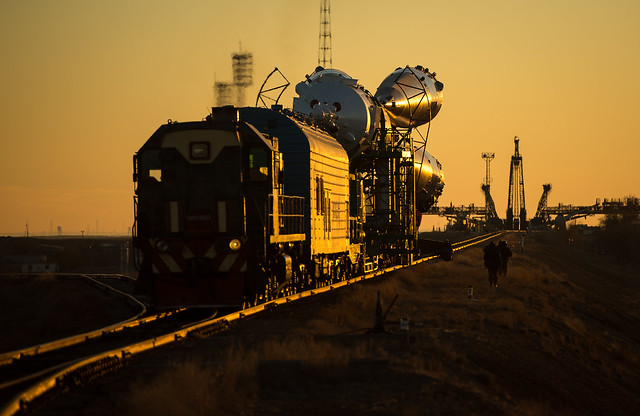 Expedition 38 Soyuz Rollout (201311050018HQ)