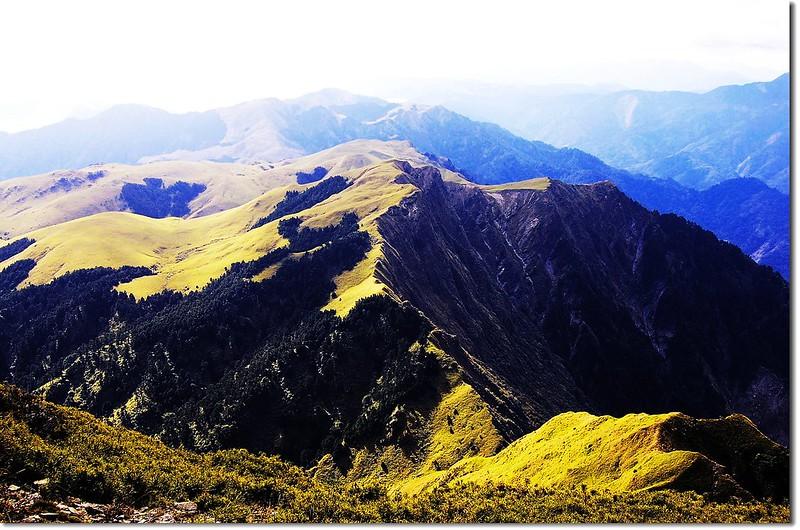 能高南峰俯望光頭山大草原 3