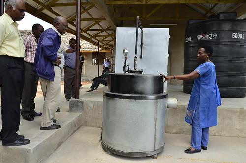 Professor Amelia Kivaisi gives a tour of the facility