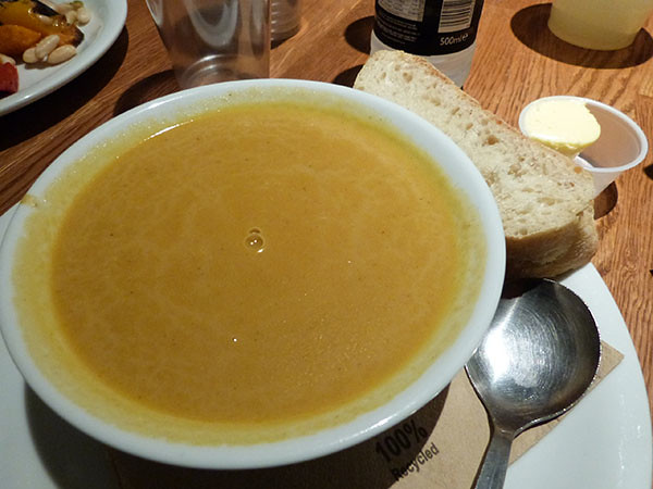 soup, bread ans butter