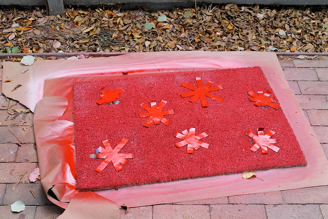 of how to spray paint a door mat