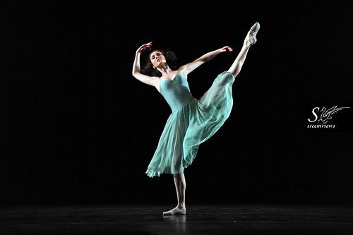 Ballet - Sujet du Ballet de l'opera d paris, CONNECTIONS