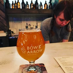 I like this brewery so much. I can't decide if @bosquebrewingco or @bowandarrowbrewing is my favorite but Bow & Arrow so far wins.  And really,  I'm not one of those