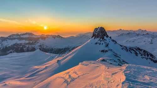 sunrise snow mountains flumserberge glarusalps glarus landscape creativcommons wissmeilen winter alps lukasschlagenhauf
