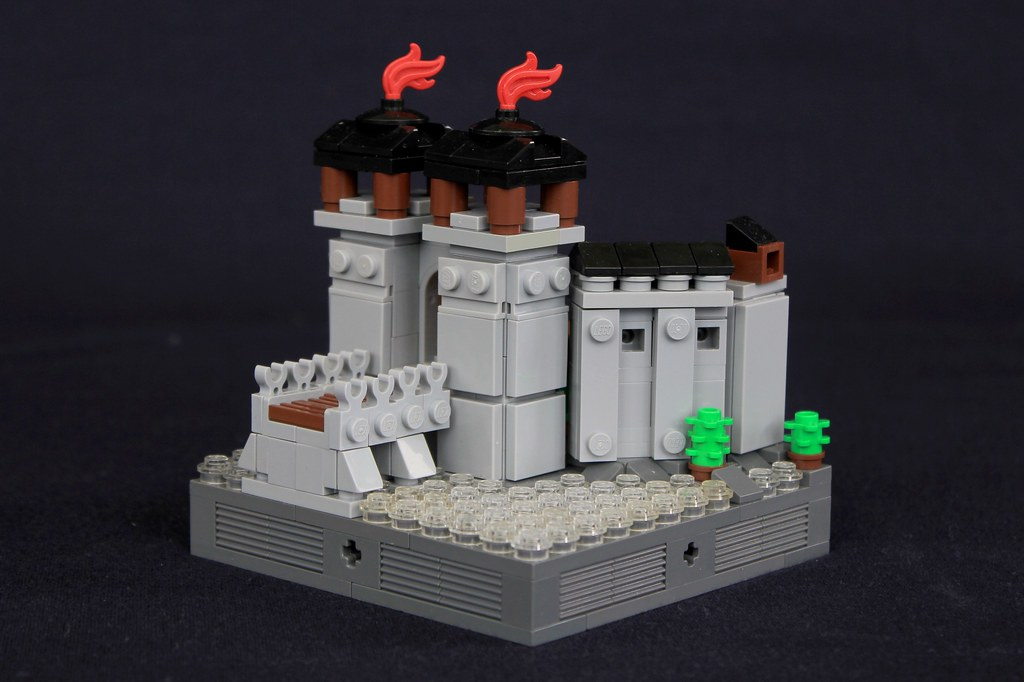 Summer Joust Prize: Faerdham Gatehouse (custom built Lego model)