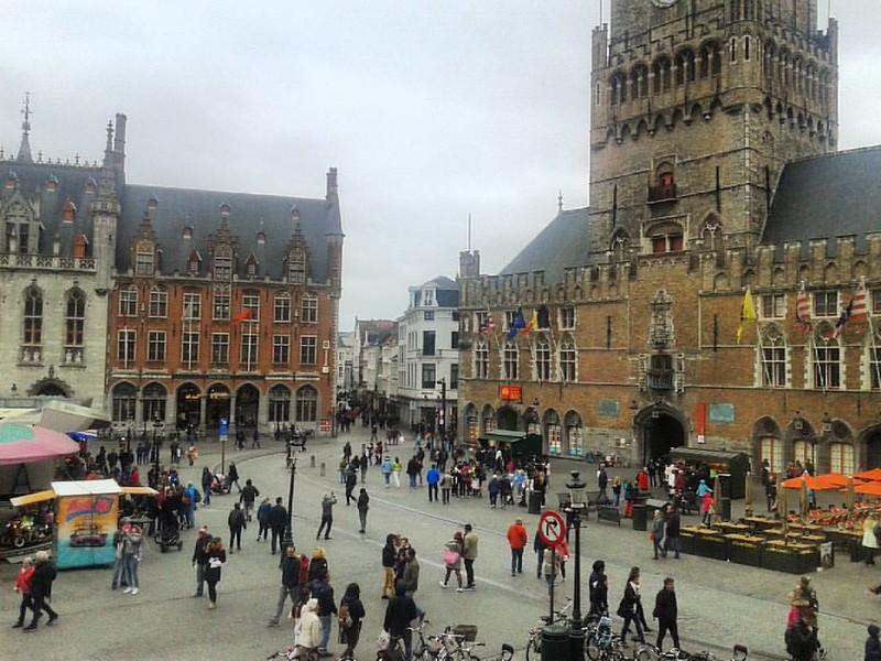 Buenas tardes desde Brujas/Brugge (Flandes, Bélgica). #brujas #brugge #flandes #belgica #markt