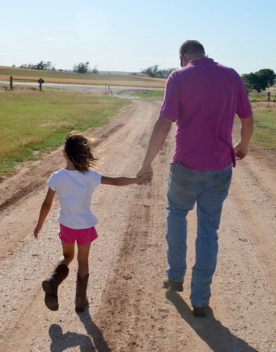 Kaidence and her Daddy walking holding hands