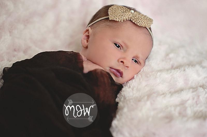 newborn_baby_girl_pink