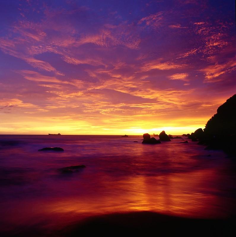 (拍底片也可以不燒錢) 高雄西子灣夕照