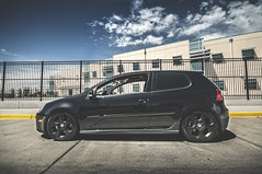 automobile, automotive exterior, wheel, vehicle, automotive design, volkswagen gti, volkswagen golf mk5, subcompact car, city car, compact car, bumper, hot hatch, land vehicle, hatchback, volkswagen golf,
