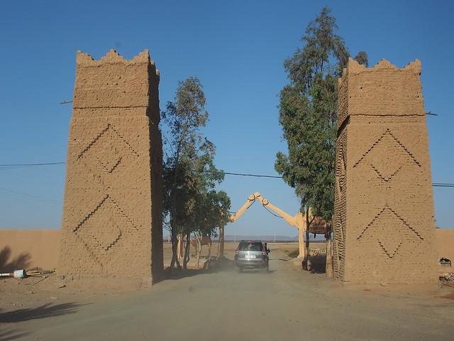 旅館的大門