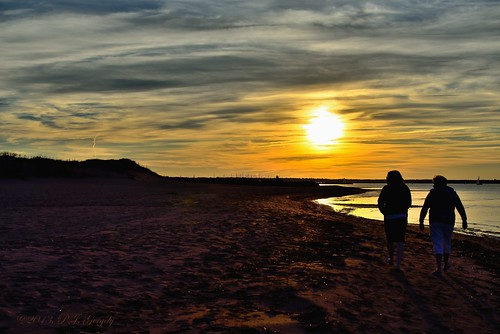 lowresolution sunsets handheld grouptags allrightsreserved©drgnmastrpjg diamondclassphotographer flickrdiamond rawjpg dmslair ©pjgergelyallrightsreserved
