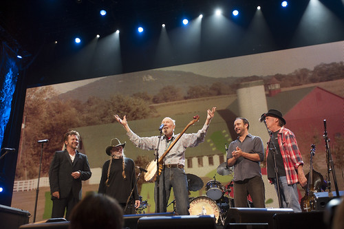 John Mellencamp, Willie Nelson, Pege Seeger, Dave Matthews, Neil Young at Farm Aid at Saratoga Performing Arts Center on September 21, 2013 in Saratoga Springs, New York.