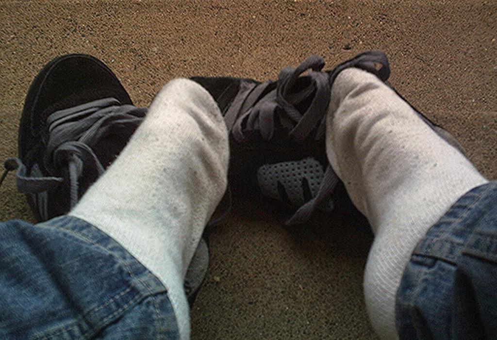 Etnies sneakers fetish