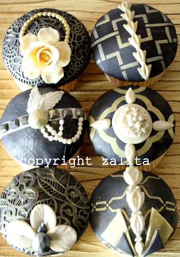 the great gatsby cupcakes by {zalita}