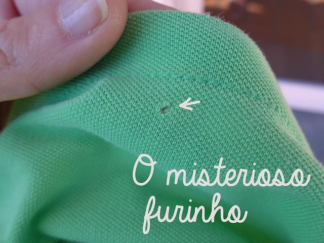 a98e4fb7b Os misteriosos furinhos nas camisetas