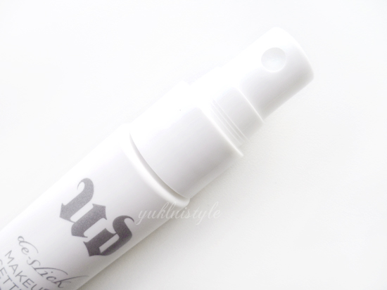 Urban Decay De-Slick Oil-Control Makeup Setting Spray review