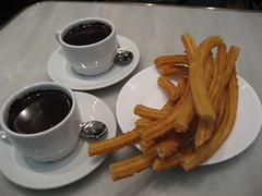meal(0.0), produce(0.0), breakfast(1.0), food(1.0), dish(1.0), drink(1.0), cuisine(1.0), snack food(1.0), churro(1.0),