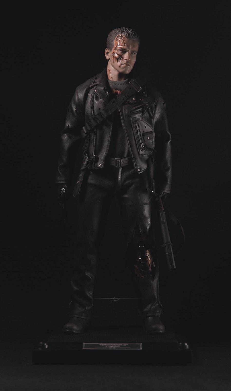 Hot Toys DX13 Terminator 2 T800 Battle Damaged 1//6 ARNOLD LED HEAD SCULPT Stick*