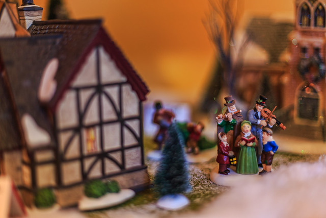 The Little Caroling Family #Flickr12Days