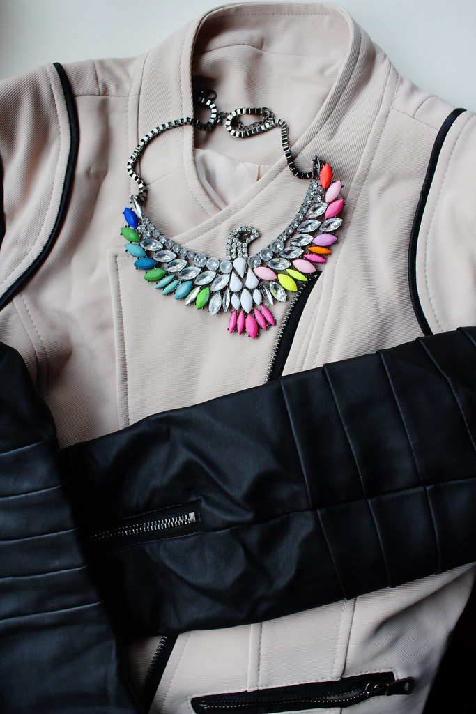 New clothes and accessories from Sammydress (review), a color block leather sleev jacket, an eagle crystal gemstone rhinestone necklace