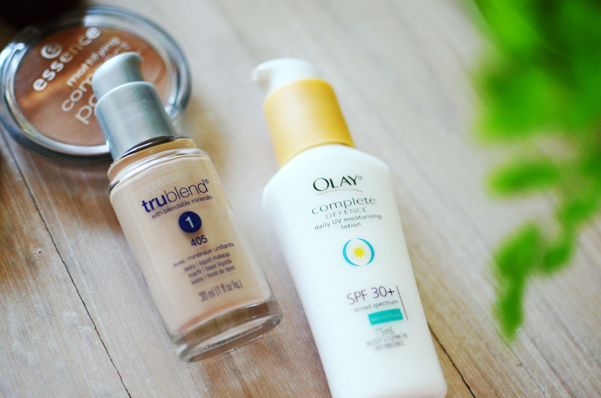 skin-makeup-pale-sunscreen a