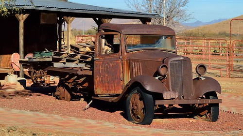'Hot Rod' - rusted-out 1930s Chevrolet truck, Pearce, Arizona
