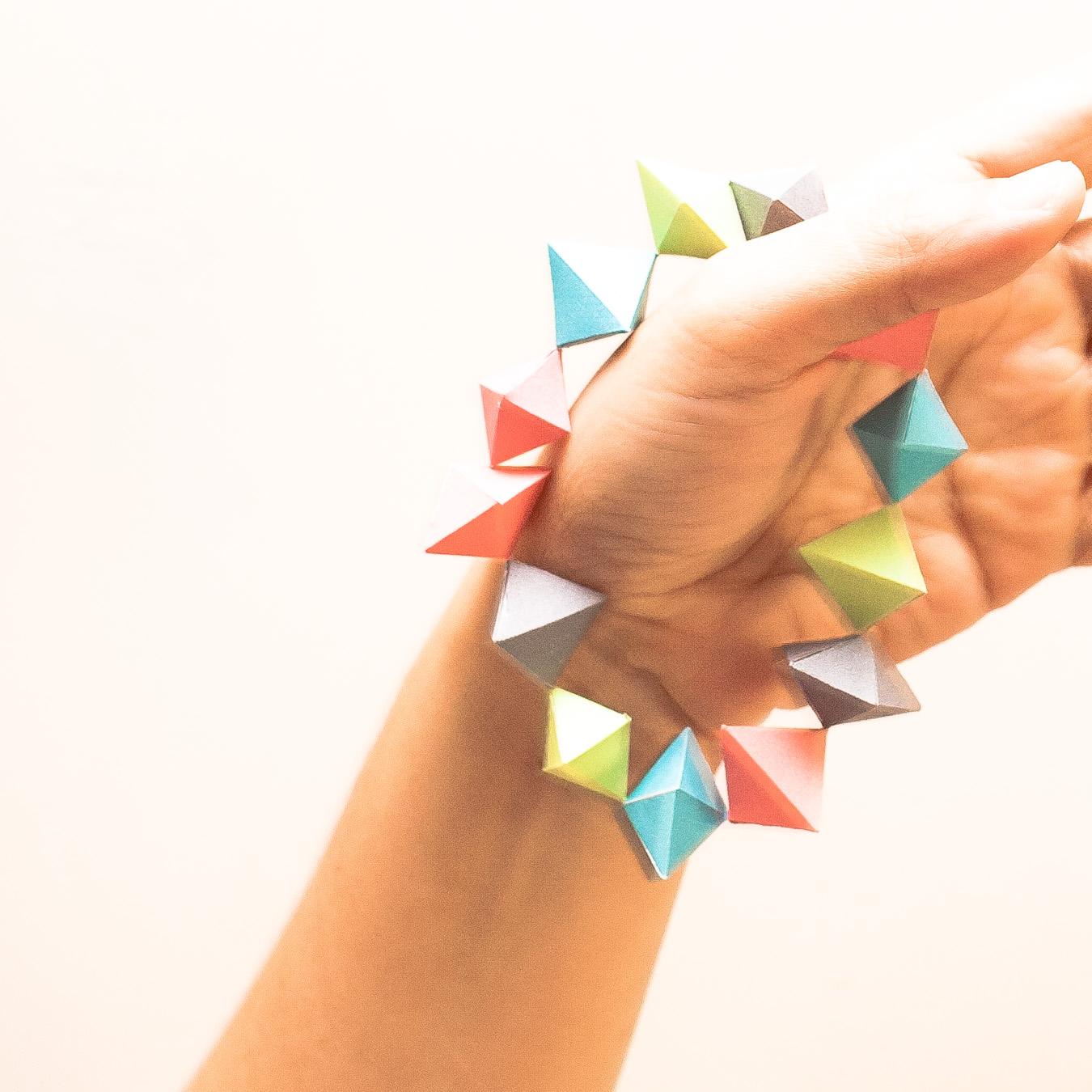 วิธีทำของเล่นโมเดลกระดาษทรงเรขาคณิต 009