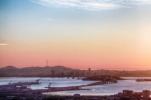 sanfrancisco california city sunset northerncalifornia skyline oakland cityscape unitedstates dusk baybridge northamerica sanfranciscobay sutrotower transamericabuilding westspan grizzlypeakblvd claremonthills
