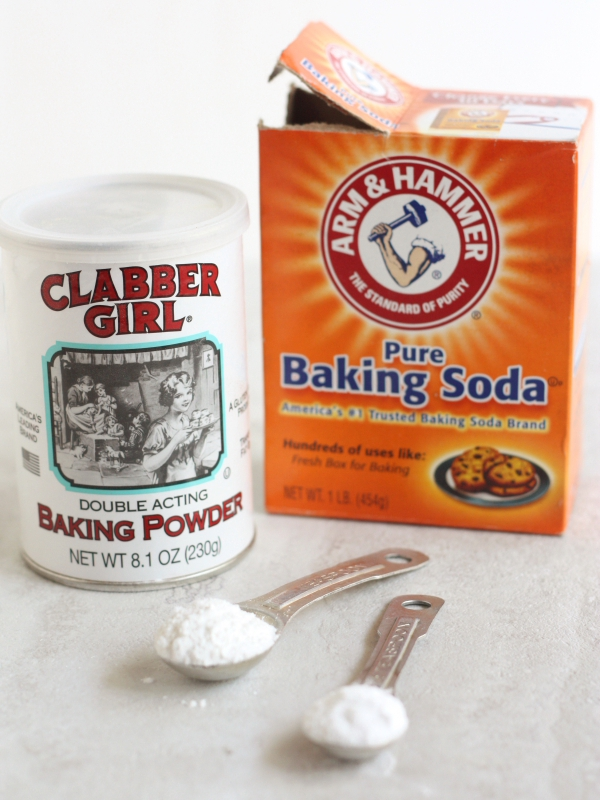 Baking powder vs baking soda completely delicious - Baking soda the powder that works wonders at home ...
