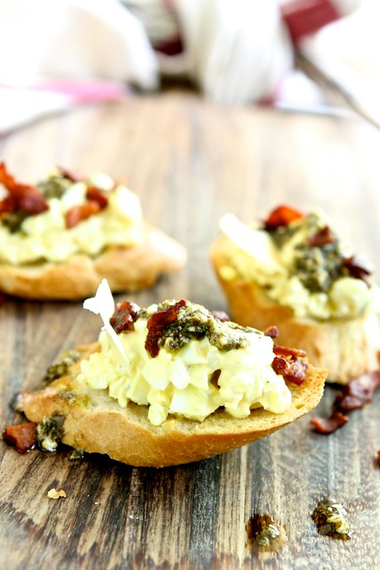 Italian Egg Salad Crostini 001