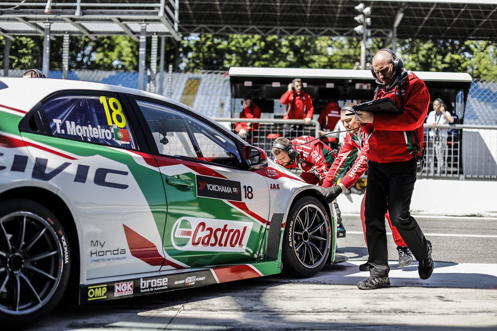 MONTEIRO Tiago (prt) Honda Civic team Castrol Honda WTC ambiance  during the 2017 FIA WTCC World Touring Car Race of Italy at Monza, from April 28 to 30  - Photo Francois Flamand / DPPI