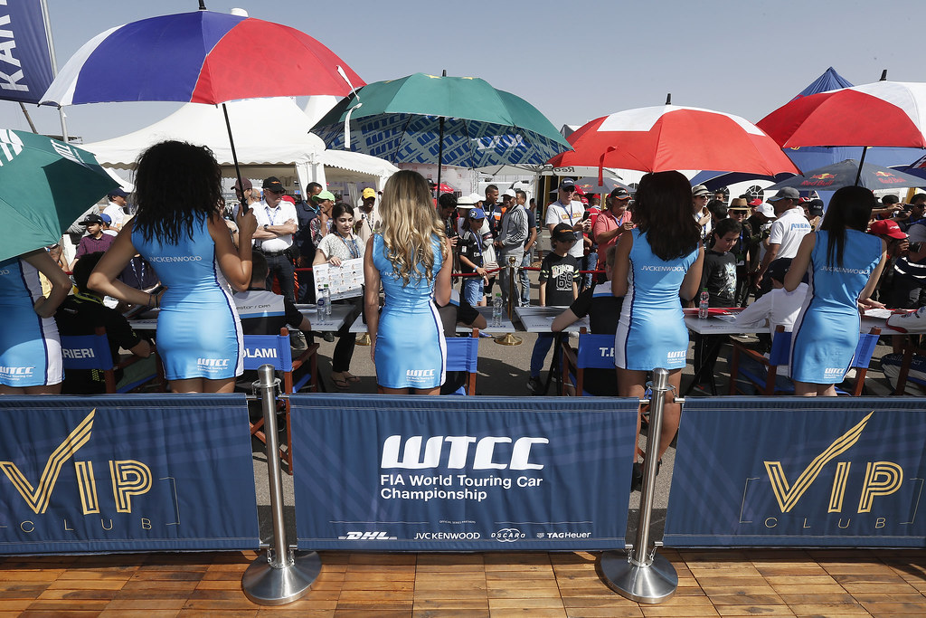 AUTOGRAPH SESSION AMBIANCE during the 2017 FIA WTCC World Touring Car Race of Morocco at Marrakech, from April 7 to 9 - Photo Jean Michel Le Meur / DPPI.
