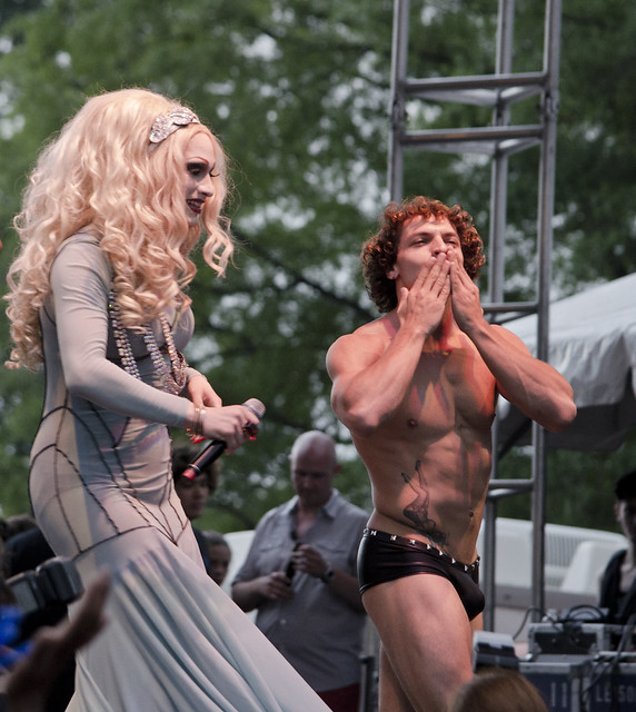 Jinkx Monsoon - Christian Lezzil 003 - DC Capital Pride street festival - 2013-06-09