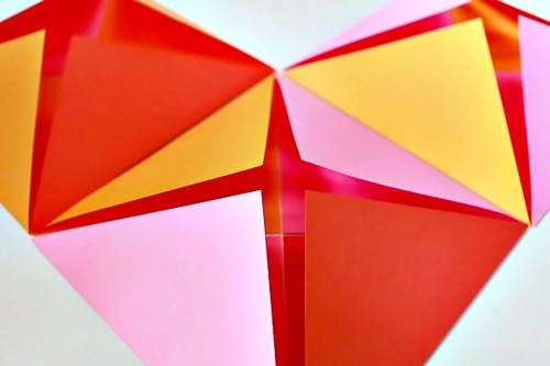 DIY-Tutorial-Folded-Paper-Backdrop