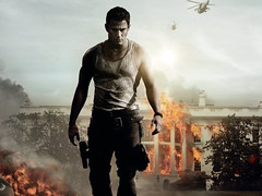[Poster for  White House Down with  White House Down, Roland Emmerich, Channing Tatum, Jamie Foxx, Maggie Gyllenhaal, Jason Clarke]