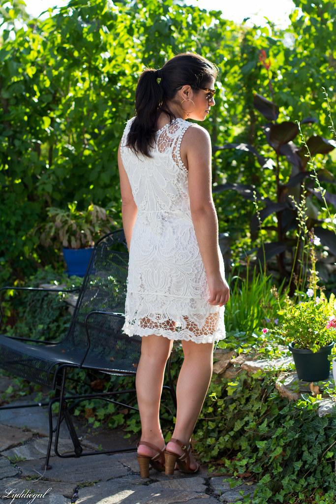 white lace-4.jpg