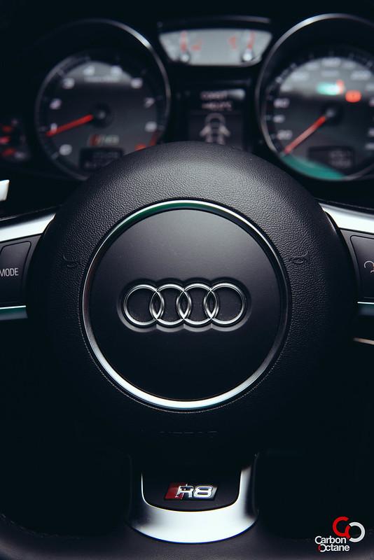 2013 - Audi - R8-18.jpg