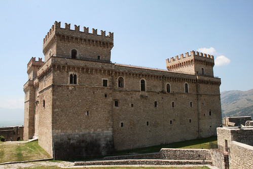 Italy_celano_castillo