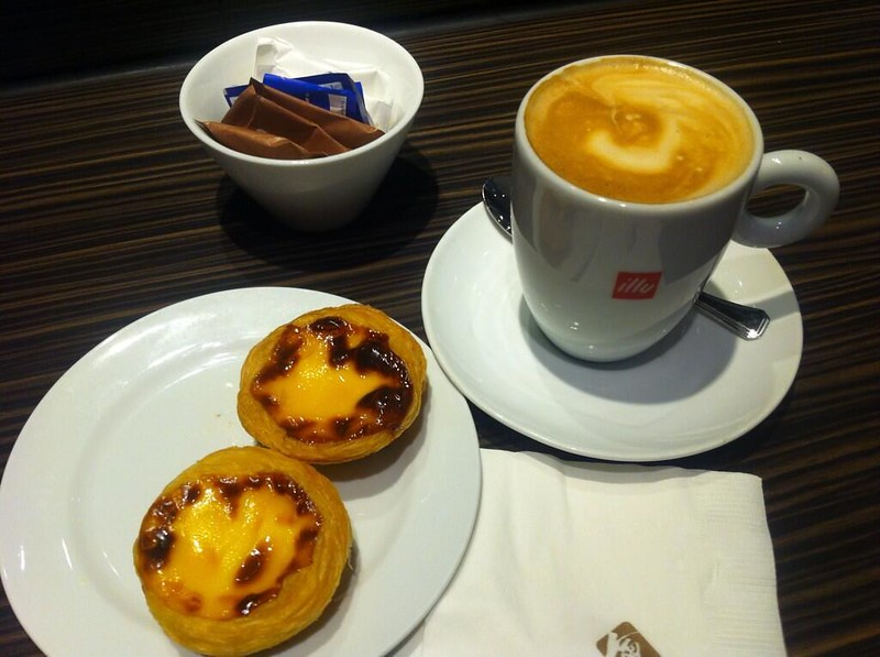 Egg tart and coffee set