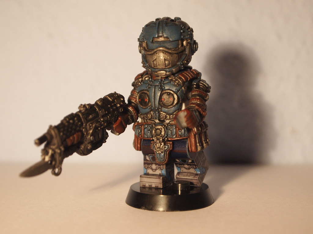 My lego Carmine from gears of wars 3 - YouTube