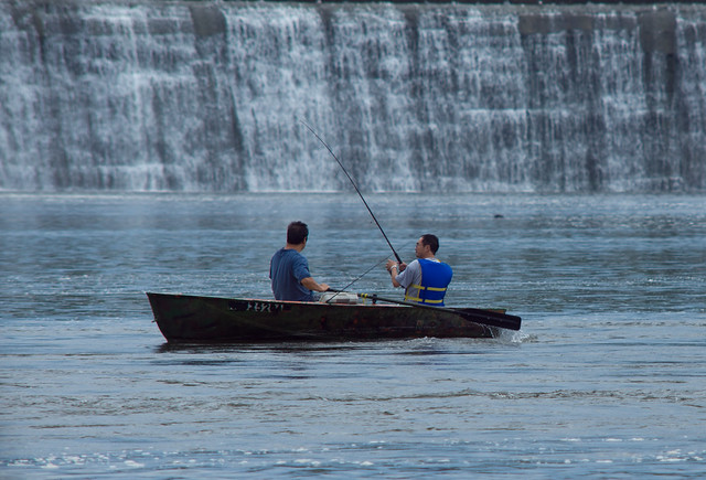 Fishing on the Crescent Dam-5130