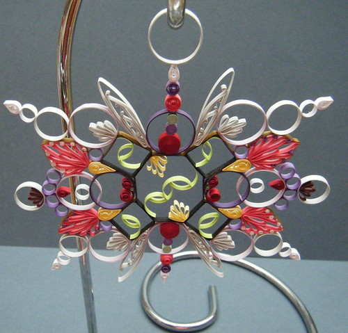 Quilled wallhanging by Philippa Reid