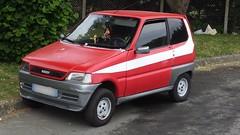 van(0.0), pickup truck(0.0), truck(0.0), automobile(1.0), mini sport utility vehicle(1.0), supermini(1.0), vehicle(1.0), city car(1.0), land vehicle(1.0), hatchback(1.0),