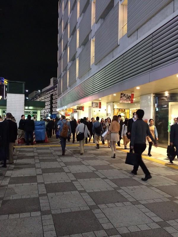 池袋駅前 by haruhiko_iyota