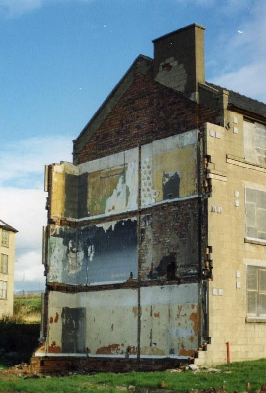 Enpty House