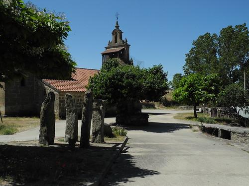 Iglesia de Mámoles